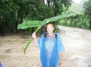 Monoah Y una Paraguas